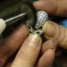 Polishing and finishing diamond piece