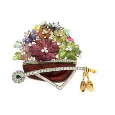 Floral Jewelry: The Growing Trend and Its Wares