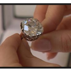 Diamond ring bought at a car boot sale for $13 turns out to be valued at $456,000