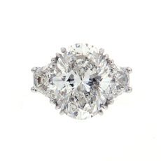 Certified Diamond Engagement Rings