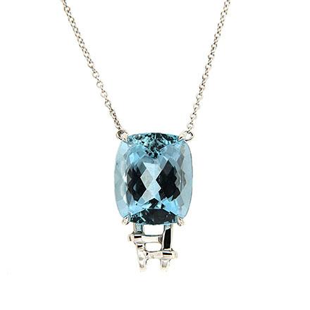 Aqumarine pendant