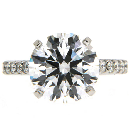 Charming Round Brilliant Cut Diamond Rings