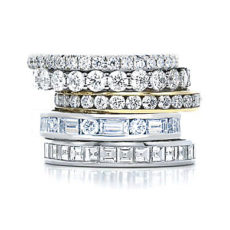 Design and detail your own stackable ring for a fully personalized outcome
