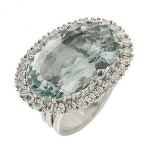 Oval Aquamarine & Diamonds Ring